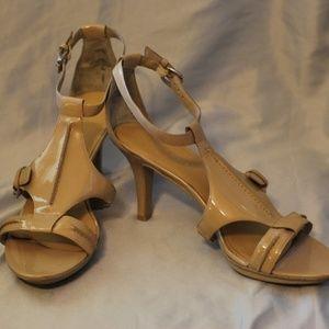 Nine West Tan Heel Sandal